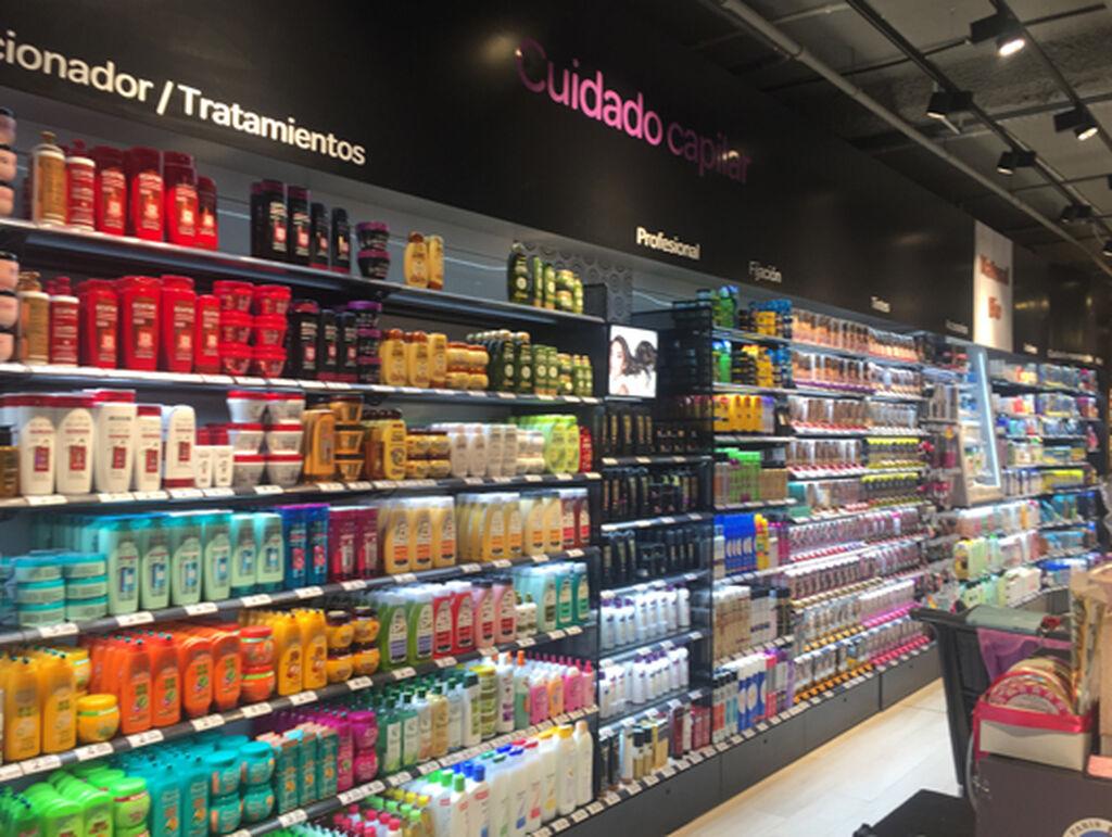La sección de perfumería y cosmética, con 3.000 referencias