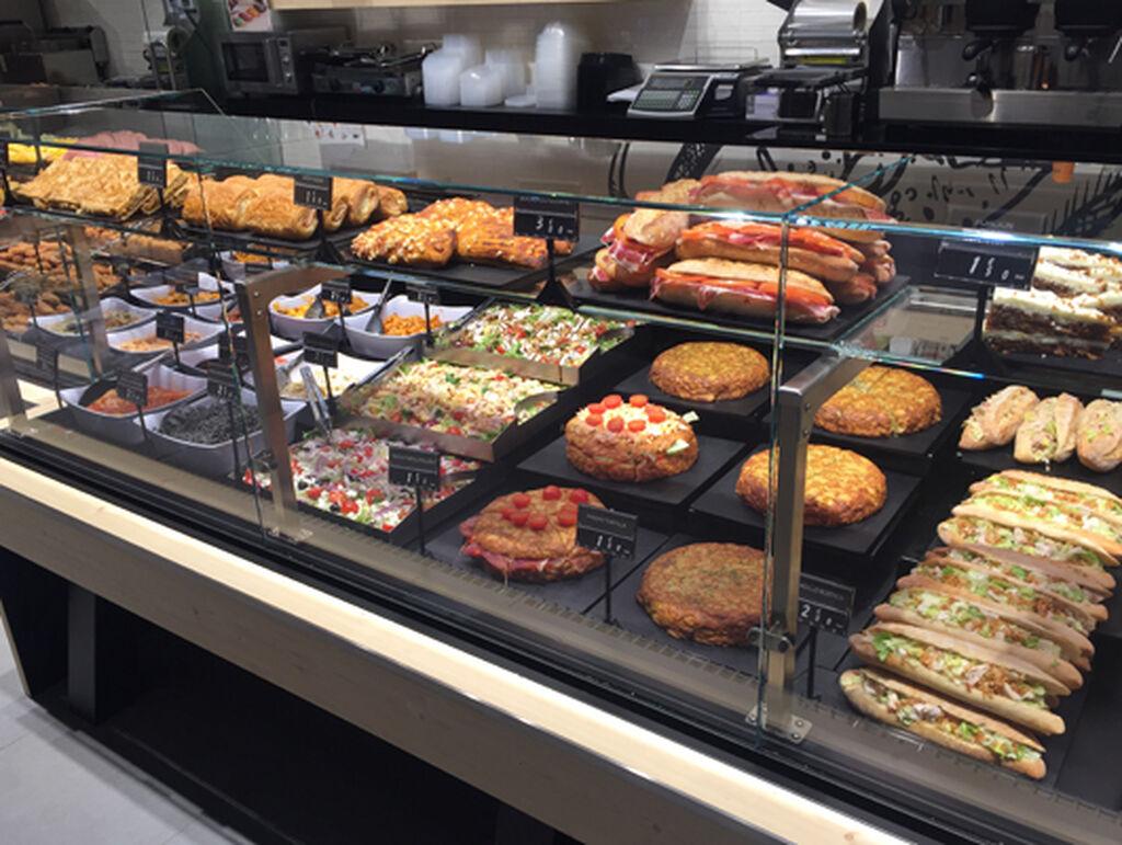 Una selección de platos preparados listos para consumir