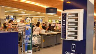 Cargar el móvil, fácil en los supermercados de Bon Preu