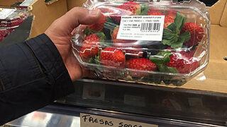 Aldi retira una oferta ilegal de fresas tras la denuncia de UPA
