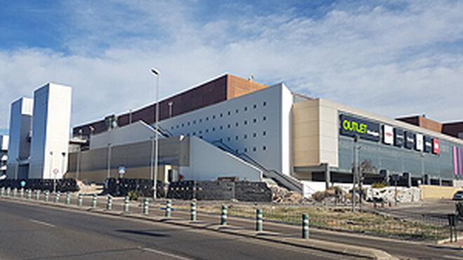 ¿Buscas trabajo? Sambil Outlet Madrid pide currículums