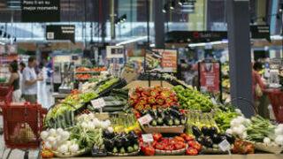 """Bruselas llama al orden a las CC AA por las """"restricciones"""" al comercio"""
