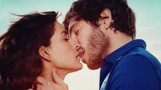 Oikos presenta su beso de película con Inma Cuesta y Quim Gutiérrez