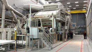 Renova ya tiene en funcionamiento una máquina de papel pionera