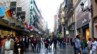 Madrid atrae más empresas; Cataluña es la que más pierde