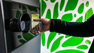 """El """"engaño"""" de las máquinas que pagan por devolver envases"""