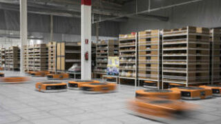 Bailando con robots, los de Amazon, que llegan a España