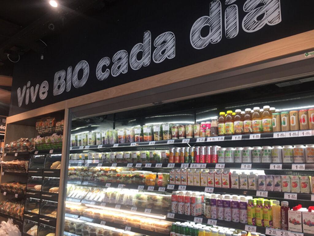 'Vive Bio cada día', uno de los eslóganes presentes en la tienda