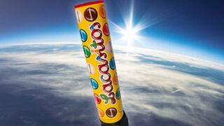 Lo último en marketing: un tubo de Lacasitos viajará a la estratosfera