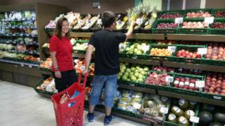 El verano se estrena con una oleada de aperturas de supermercados