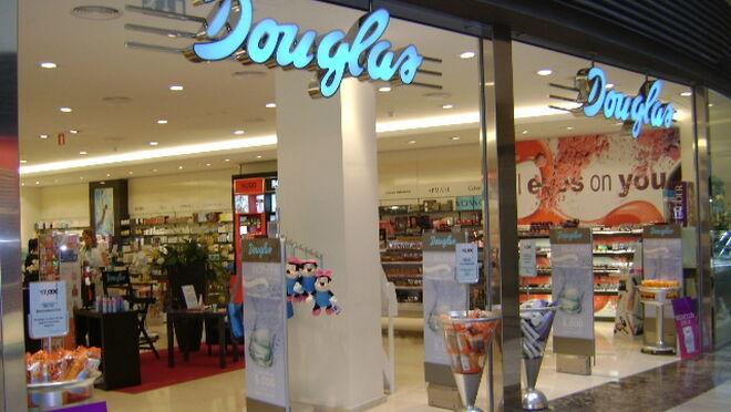 El ERE de perfumerías Douglas se reduce un 20%