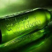 Carlsberg resiste las restricciones y sostiene sus ventas