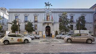 Mahou viaja ya en Granada con vehículos 100% eléctricos