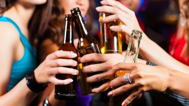 Dia y Febe suman fuerzas para evitar el alcohol en los menores