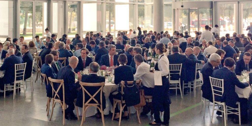 La hora de la comida en el Congreso Aecoc, entre charlas y risas