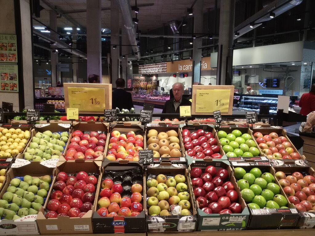 Frutería selecta, de las zonas más cuidadas en el nuevo supermercado