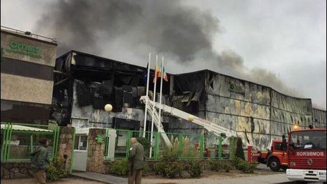 Destruida por el fuego la fábrica de Ornua en Ávila