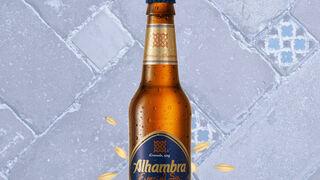 Cervezas Alhambra estrena imagen y nueva 'Sin'