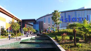 Los centros comerciales sumaron más visitantes en 2017