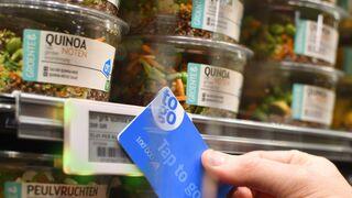 La tarjeta que paga solo con pasarla sobre las etiquetas