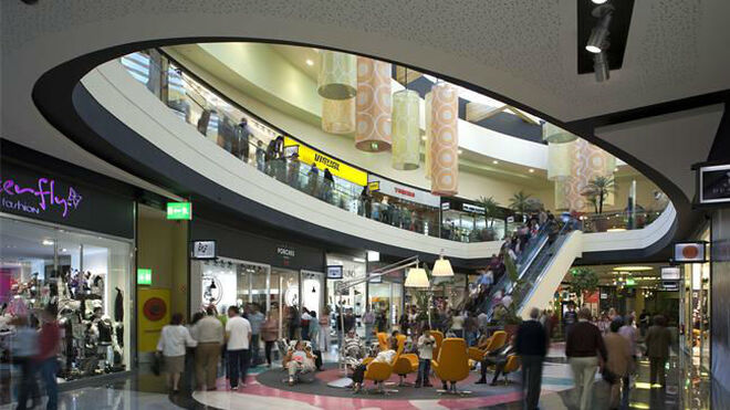 Más centros comerciales España…  menos en EE UU