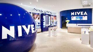 Beiersdorf creció en 2017 más de lo previsto y luce su fuerza