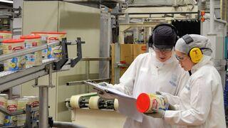 Nestlé destina 13 millones a su planta de La Penilla