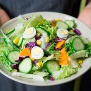 En busca de una alimentación sana que no nos quite la alegría de vivir
