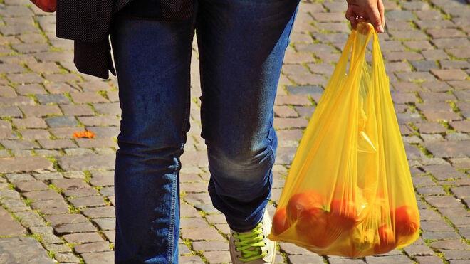 ¿Ves bien que se prohíban las bolsas de plástico en el retail?