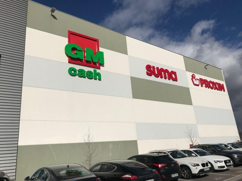 Fachada de la nueva plataforma de GM Food Iberica en Torrejón de Ardoz