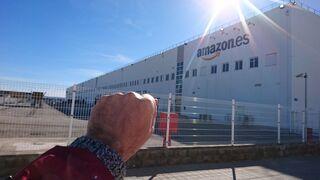 CC OO amenaza a Amazon con una huelga indefinida