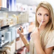 Perfumería, única categoría que bajó los precios en 2017