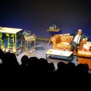 Aurelio del Pino: actor por un día en el escenario de un teatro