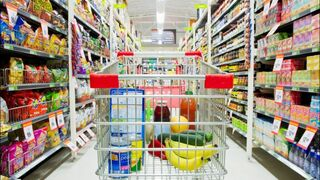 Cada persona gasta al año 1.480 € en alimentos y bebidas