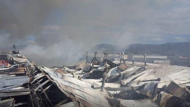 La panificadora de Mercadona en Puçol, en llamas
