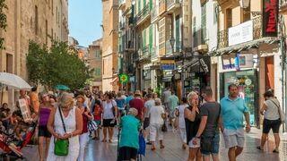 El verano y el Mundial animan al consumidor