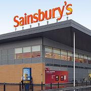 La fusión entre Sainsbury's y Asda, en el alambre