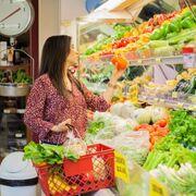 Los frescos, sobre todo por la fruta, se encarecen casi el 4%