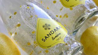 Nuevo Sandara Lemon, un mix de vino blanco y limones