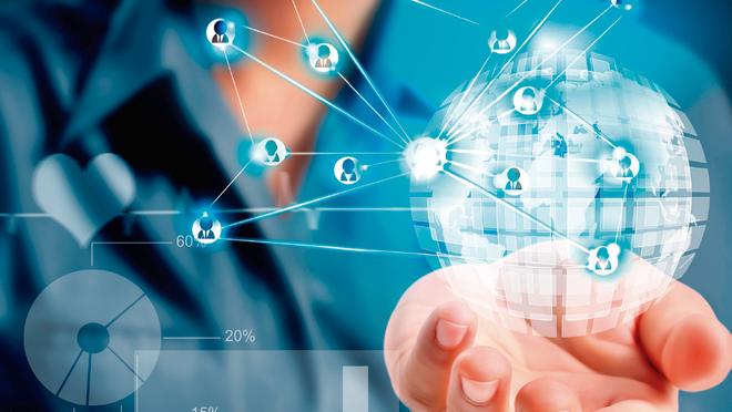 """""""Seremos digitales o no seremos"""": 10 recomendaciones para afrontar el cambio"""