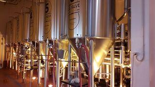 El nuevo centro de La Salve lanza su primera cerveza