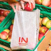 Spar se atreve con las bolsas de papel para fruta en Austria