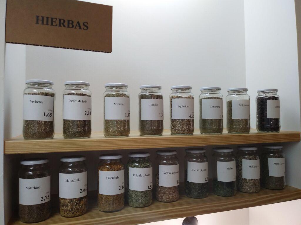Varios tipos de hierbas, con sus respectivos aromas