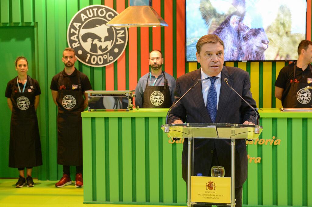 El ministro de Agricultura, Pesca y Alimentación, Luis Planas, inauguró Meat Attraction 2018 en Ifema.