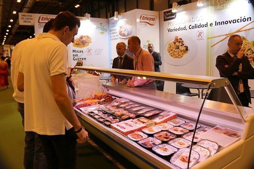 Emcesa, especialista en productos cárnicos frescos, cocidos, ahumados y precocinados.