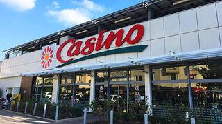 Casino suelta lastre y vende 32 tiendas a Apollo