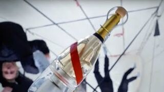 Un champán para brindar en el espacio: lanzamiento 'estelar'