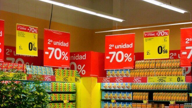El supermercado volverá a tirar de folleto y descuentos ante la caída de la economía