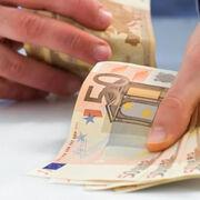 La distribución critica la limitación a 1.000 euros del pago en efectivo