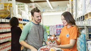 Walmart arranca su nuevo modelo de supermercado sin cajas